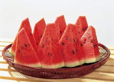 西瓜的功效与作用-西瓜的营养价值-吃西瓜有什么好处